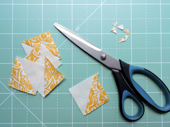 Strip pieced HST tutorial