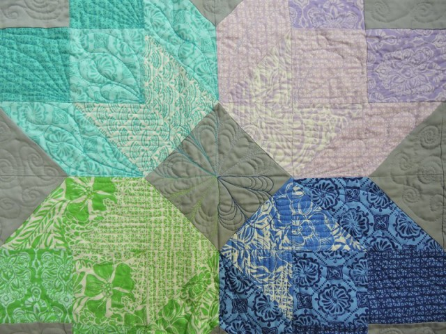 Aurora block quilting