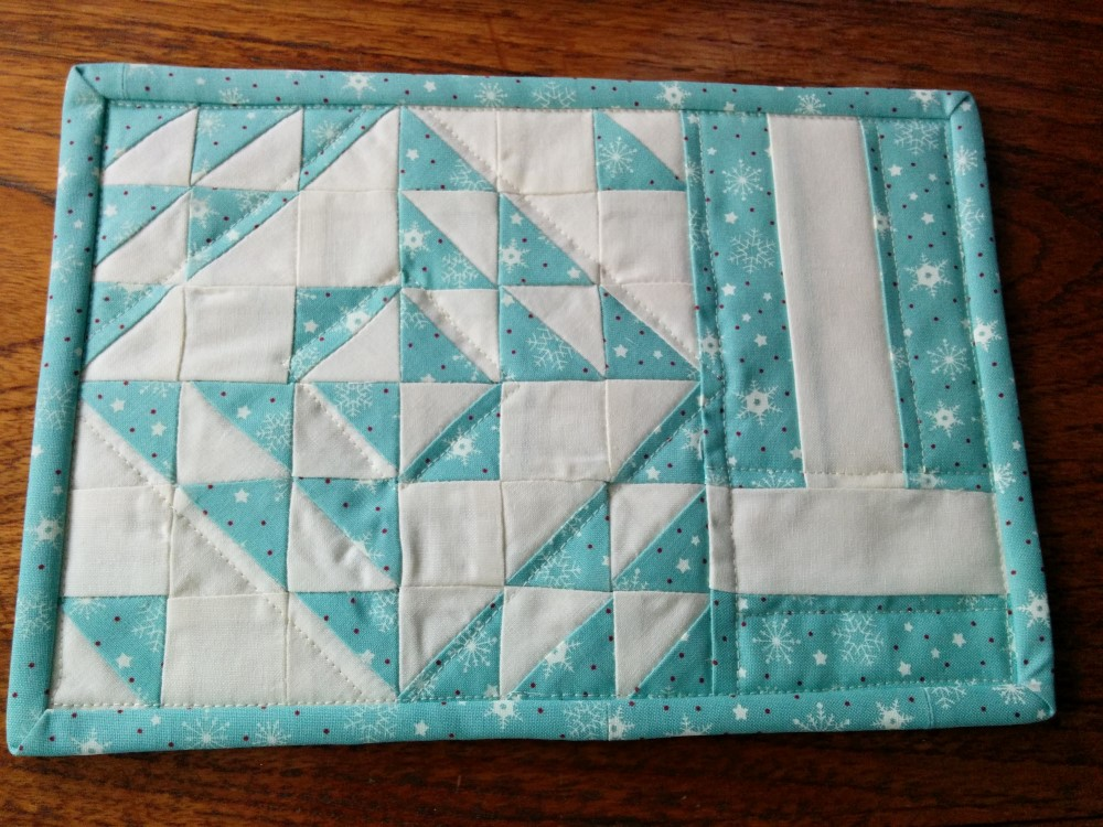 Making Merry Snowflake Blossom Heart Quilts