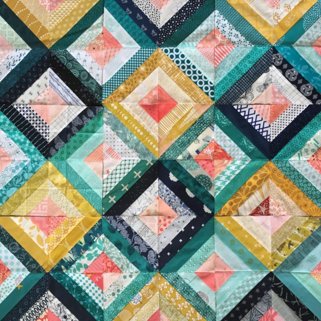 Treasure Hunt quilt block quilt from quilting bee