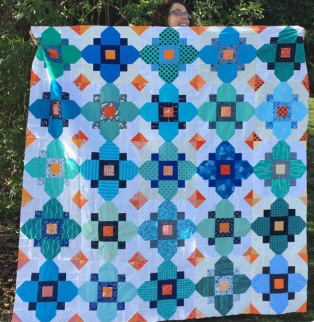 Quatrefoil quilt by sewingintheannexe, free pattern available at BlossomHeartQuilts.com