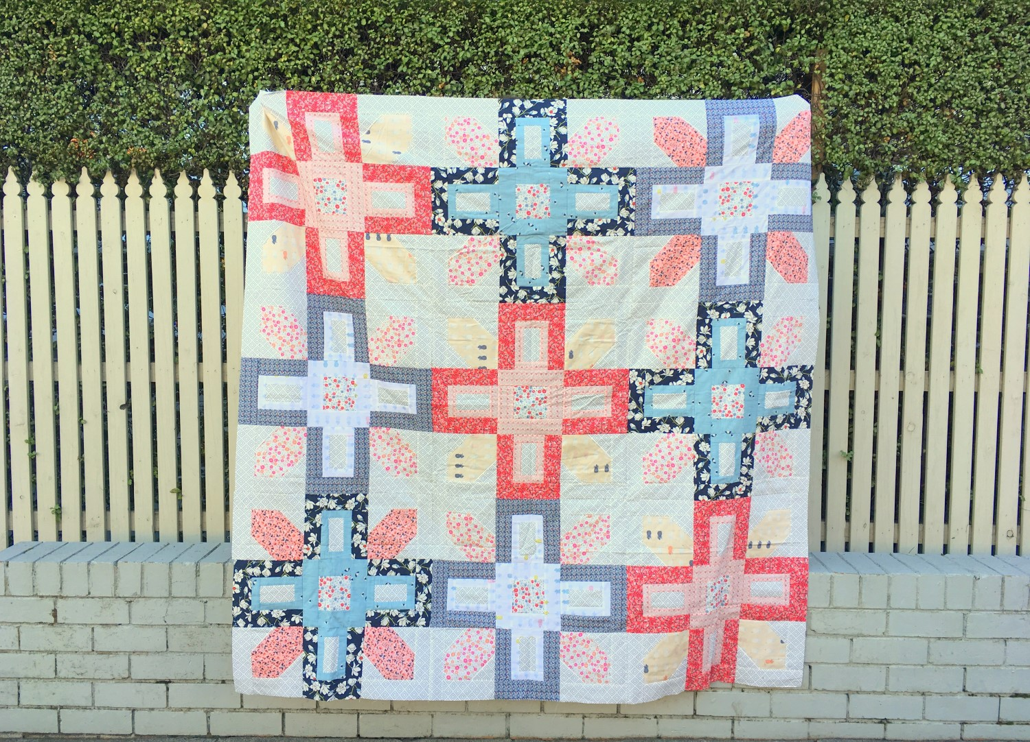 Line Art Quilt Pattern : Cute and easy baby quilt patterns for beginners favequilts