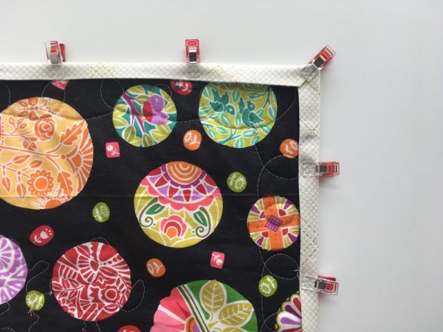 How to machine bind a quilt clip well