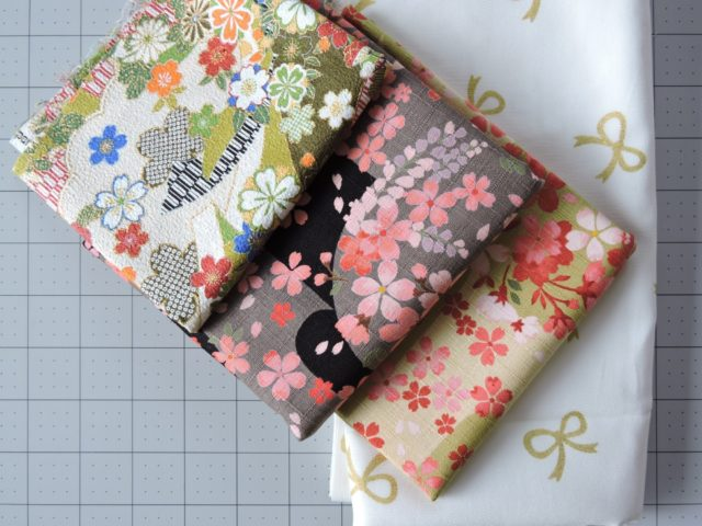 "Japanese Quilting Cloth ""width ="" 640 ""height ="" 480 ""data-pin-description ="" Japanese Quilting Cloth ""srcset ="" http://www.blossomheartquilts.com/wp-content/uploads/2019/ 09 / Japanese Quilting Cloth 640x480. jpg 640w, http://www.blossomheartquilts.com/wp-content/uploads/2019/09/Japanese quilt fabric 400x300.jpg 400w, http://www.blossomheartquilts.com/wp-content/uploads/2019/09/ Japanese-fabric-for-a-quilt-768x576.jpg 768w ""sizes ="" (maximum width: 640px) 100vw, 640px ""/>  <p id="